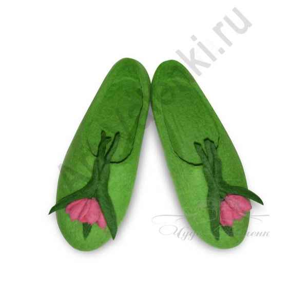 Тапочки зеленые с тюльпанами арт.891