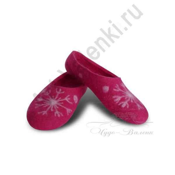 Тапочки розовые с снежинкой