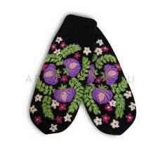 Дизайнерские варежки ручной вязки с вышивкой2
