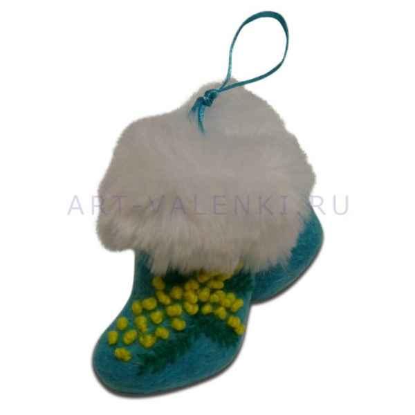 Сувенирные цветные валенки с вышивкой арт.2089