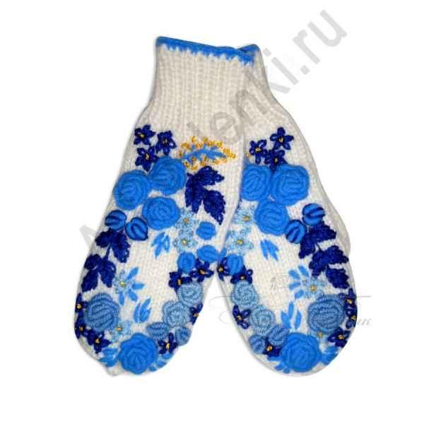 Дизайнерские варежки ручной вязки с вышивкой 35