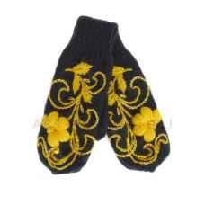 Дизайнерские варежки ручной вязки с вышивкой11