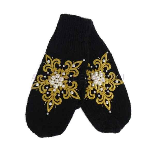 Дизайнерские варежки ручной вязки с вышивкой 832