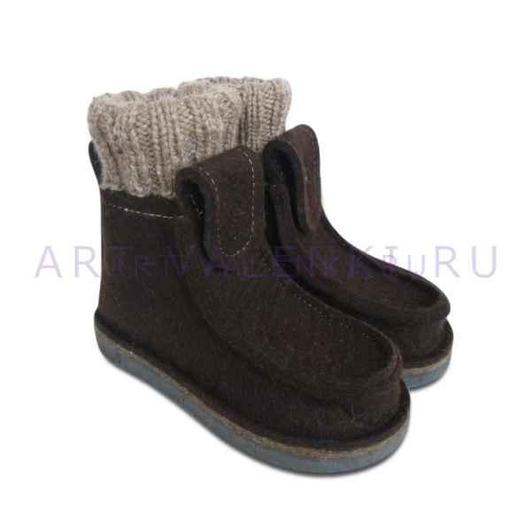 Валеши из коричневого войлока с носками арт.3480